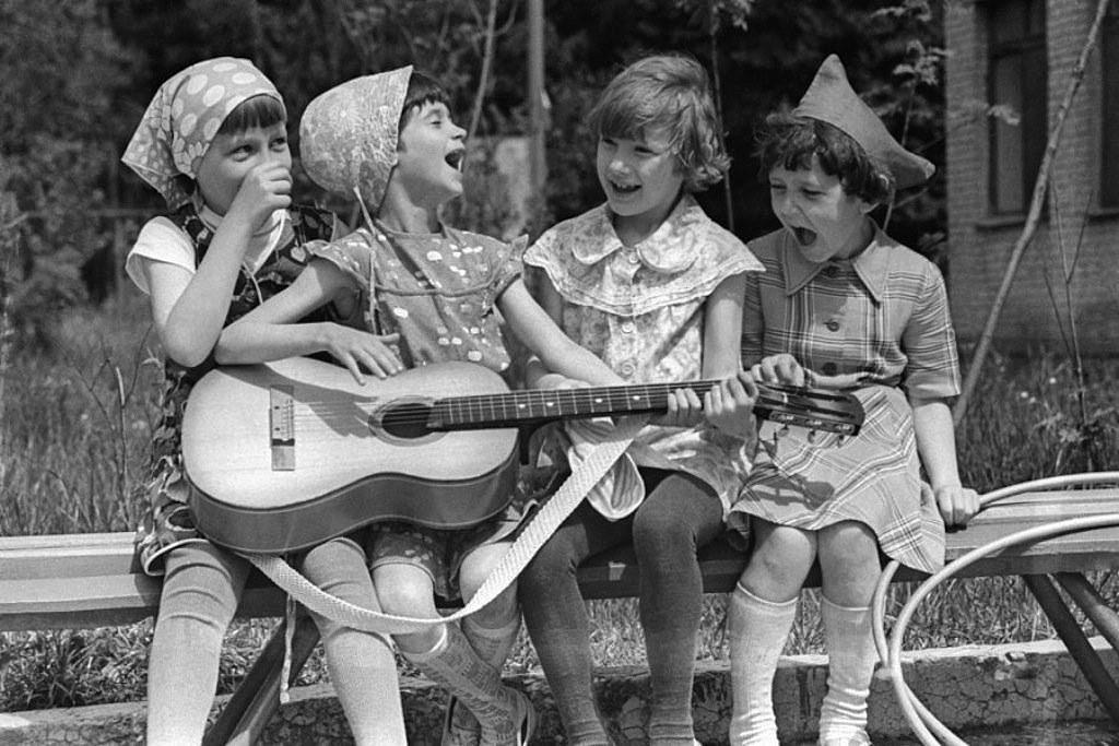Шаинский — песенка мамонтенка песни из советских мультфильмов.