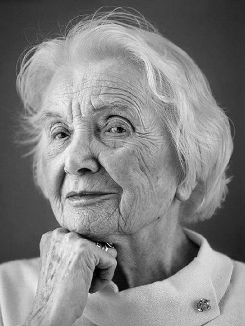 Снов, картинка старушка женщина девушка девочка